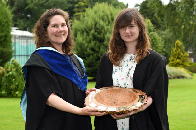 Best plantsperson awarded Rachel McElfatrick (Ballymoney) received the Crosbie Cochrane Perpetual Award for Best Plantsperson on the Level 3 Extended Diploma and is congratulated by Lori Hartman (Senior Lecturer Horticulture) at the Greenmount Campus Horticulture Awards Ceremony.