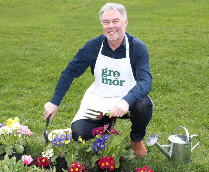 RTE Super Garden Judge and Bord Bia Bloom show manager, Gary Graham today launched the GroMór gardening campaign which encourages Irish people to enjoy their garden or outdoor space and reconnect with nature, for their physical and mental health at this time. The GroMór website provides tips, family-friendly activities and advice for growing plants, flowers, fruits and vegetables and Gary will be hosting a weekly video podcast with gardening experts around the country every Wednesday at 11am on the @gromor social media channels. Visit gromor.ie for further information. # Pic Brian McEvoy
