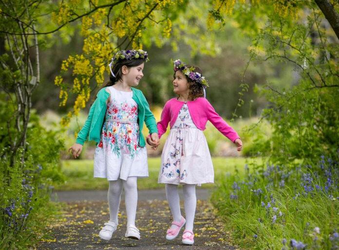 Alanna and Alyssa Keeley Bloom 2021